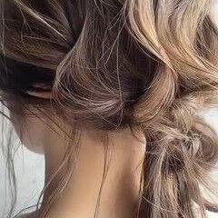 セルフアレンジ セミロング ポニーアレンジ 簡単ヘアアレンジ ヘアスタイルや髪型の写真・画像