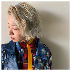 ストリート 2ブロック 刈り上げ女子 3Dハイライト ヘアスタイルや髪型の写真・画像
