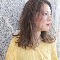 ミディアム ハイライト 3Dハイライト ホワイトハイライト ヘアスタイルや髪型の写真・画像