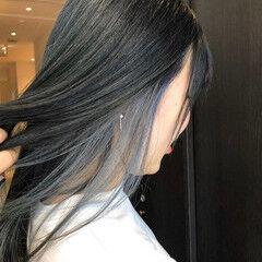 モード シルバーアッシュ シルバーグレージュ インナーカラー ヘアスタイルや髪型の写真・画像