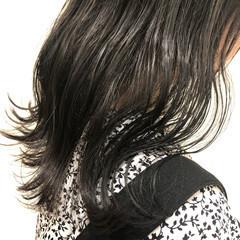 トーンダウン ダークカラー セミロング ナチュラル ヘアスタイルや髪型の写真・画像