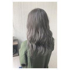 グレージュ ナチュラル デート 外国人風カラー ヘアスタイルや髪型の写真・画像