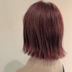 外はね ピンクアッシュ ガーリー ピンクカラー ヘアスタイルや髪型の写真・画像