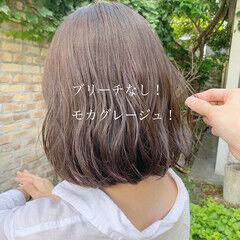 オリーブベージュ ナチュラル ボブ オリーブアッシュ ヘアスタイルや髪型の写真・画像
