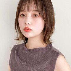 アンニュイほつれヘア イヤリングカラー 縮毛矯正 ナチュラル ヘアスタイルや髪型の写真・画像