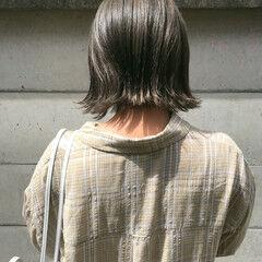 切りっぱなしボブ ナチュラル ボブ モノトーン ヘアスタイルや髪型の写真・画像