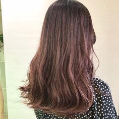 パープルアッシュ ナチュラル ラベンダーアッシュ ロング ヘアスタイルや髪型の写真・画像