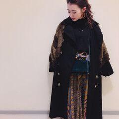 オールバック セミロング コーディネート 秋冬スタイル ヘアスタイルや髪型の写真・画像