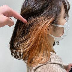 オレンジ アプリコットオレンジ オレンジカラー セミロング ヘアスタイルや髪型の写真・画像