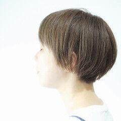 マット カーキ ボブ マットグレージュ ヘアスタイルや髪型の写真・画像