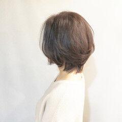 簡単スタイリング ゆるナチュラル シルバーグレイ エレガント ヘアスタイルや髪型の写真・画像