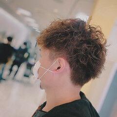 2ブロック ツイスト ショート メンズパーマ ヘアスタイルや髪型の写真・画像