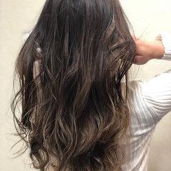 ナチュラル ハイライト ロングヘアスタイル 極細ハイライト ヘアスタイルや髪型の写真・画像