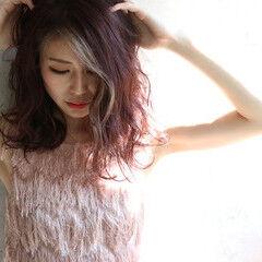 セミロング フェミニン ピンクバイオレット ピンク ヘアスタイルや髪型の写真・画像
