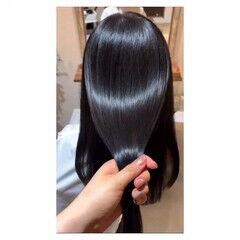 ツヤ髪 ナチュラル 髪質改善トリートメント セミロング ヘアスタイルや髪型の写真・画像