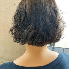 パーマ ママ ナチュラル  ヘアスタイルや髪型の写真・画像