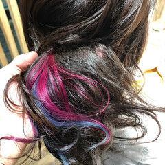 セミロング ガーリー インナーカラー ピンク ヘアスタイルや髪型の写真・画像