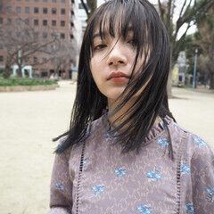 前髪 アッシュグレージュ モード ナチュラル可愛い ヘアスタイルや髪型の写真・画像