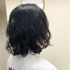 イメチェン ミディアム 無造作パーマ メンズパーマ ヘアスタイルや髪型の写真・画像