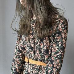 暗髪 くすみカラー ロング ナチュラル ヘアスタイルや髪型の写真・画像