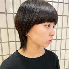 マッシュウルフ ウルフ女子 モード ウルフカット ヘアスタイルや髪型の写真・画像