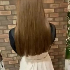 ミルクティーベージュ ロング ナチュラル ハイトーン ヘアスタイルや髪型の写真・画像