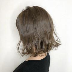 ミルクティーベージュ ミルクティーアッシュ グレージュ モード ヘアスタイルや髪型の写真・画像