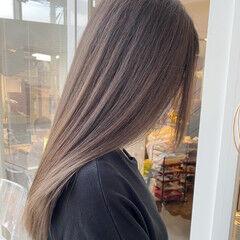 ナチュラル ミルクベージュ ロング 艶髪 ヘアスタイルや髪型の写真・画像