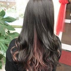 ロング ガーリー インナーカラー インナーカラーパープル ヘアスタイルや髪型の写真・画像