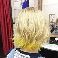 ガーリー インナーカラー ボブ ミルクティー ヘアスタイルや髪型の写真・画像