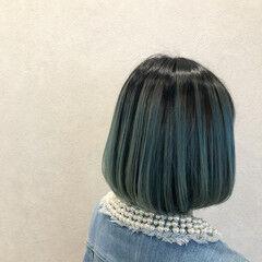 ボブ ブルー ブルーアッシュ ダブルカラー ヘアスタイルや髪型の写真・画像