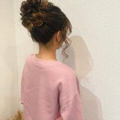 ヘアセット フェミニン お団子 ヘアアレンジ ヘアスタイルや髪型の写真・画像