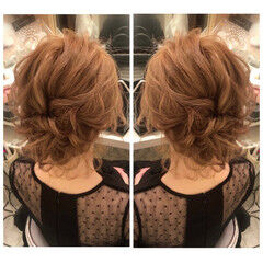 簡単ヘアアレンジ ショートヘア 結婚式 ナチュラル ヘアスタイルや髪型の写真・画像