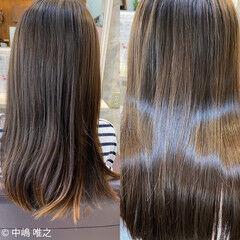 アッシュ セミロング クセ ストレート ヘアスタイルや髪型の写真・画像