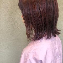 イルミナカラー レッドカラー フェミニン チェリーレッド ヘアスタイルや髪型の写真・画像