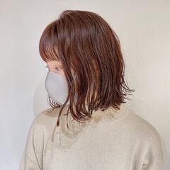 前下がりボブ モテボブ ニュアンスヘア 切りっぱなしボブ ヘアスタイルや髪型の写真・画像