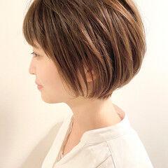 デート ショートヘア ナチュラル 大人かわいい ヘアスタイルや髪型の写真・画像