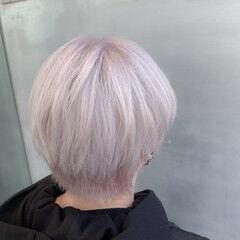 ショート ネオウルフ ホワイトカラー ウルフカット ヘアスタイルや髪型の写真・画像