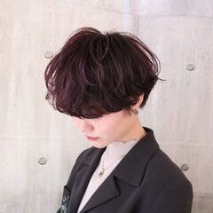 アンニュイほつれヘア マッシュショート ナチュラル ラベンダーピンク ヘアスタイルや髪型の写真・画像