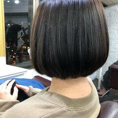 ミディアム 流し前髪 透明感カラー 大人かわいい ヘアスタイルや髪型の写真・画像