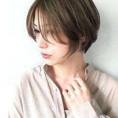 ニュアンスウルフ ハイトーンカラー ダブルカラー くびれカール ヘアスタイルや髪型の写真・画像