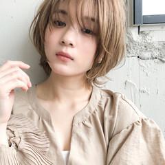 透明感カラー レザーカット ショートカット アッシュ ヘアスタイルや髪型の写真・画像