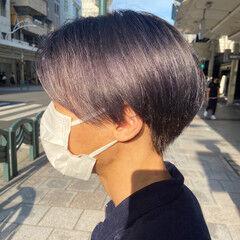 ブリーチカラー ブルーバイオレット ショートヘア ラベンダーピンク ヘアスタイルや髪型の写真・画像