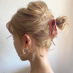 ショートボブ ハイトーン ミルクティーベージュ ボブ ヘアスタイルや髪型の写真・画像