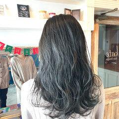 アッシュグレージュ グレージュ アッシュグレー グレーアッシュ ヘアスタイルや髪型の写真・画像
