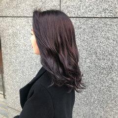 パープルカラー セミロング ナチュラル 紫 ヘアスタイルや髪型の写真・画像