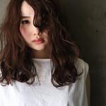 フェミニン 大人ハイライト ハイライト 濡れ髪スタイル