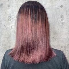 切りっぱなしボブ パープルアッシュ ミディアム グラデーションカラー ヘアスタイルや髪型の写真・画像