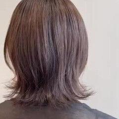アッシュグレー アッシュベージュ ミディアム アッシュブラウン ヘアスタイルや髪型の写真・画像