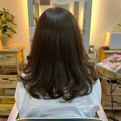 オリーブブラウン オリーブベージュ オリーブグレージュ ナチュラル ヘアスタイルや髪型の写真・画像